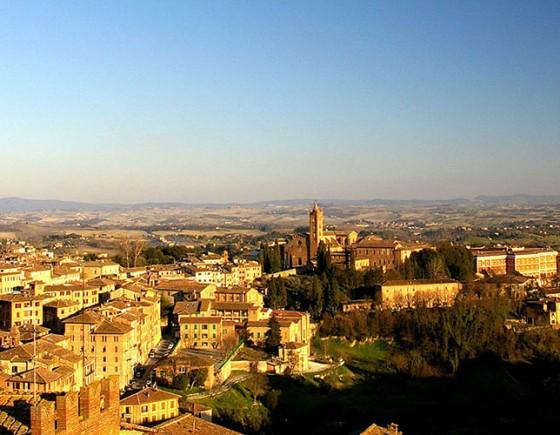 Siena-Panorama-da-Porta-Giustizia