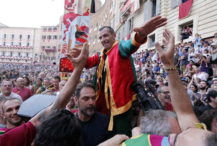 Salasso vince Palio di Siena 2 luglio