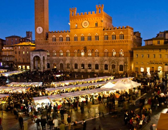 Traditional Christmas market in Siena