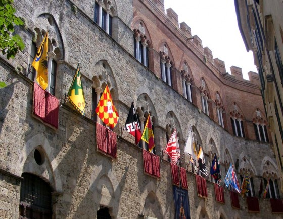 Visit Historical Palaces of Siena