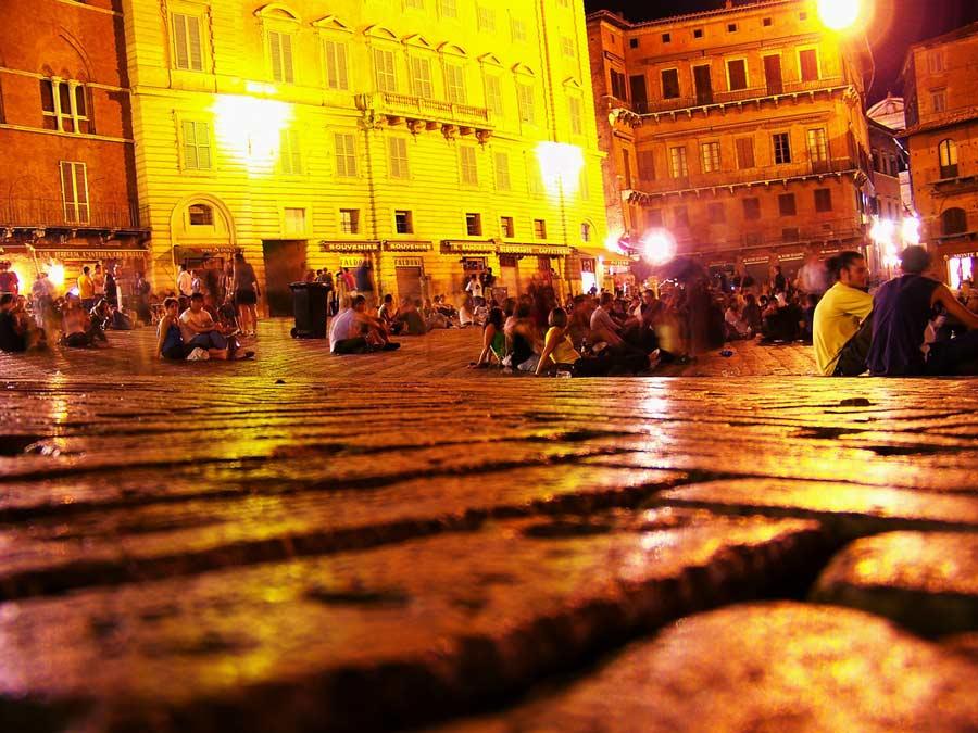 Siena Gece Hayatı