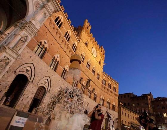 Enogastronomia e artigianato di alta qualità a Piazza del Campo