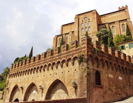 Enjoy the flavors of Siena following special itineraries