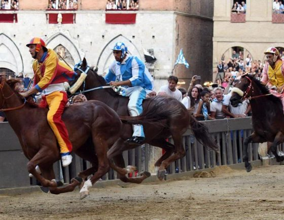 Contrada dell'Onda won the Palio of August